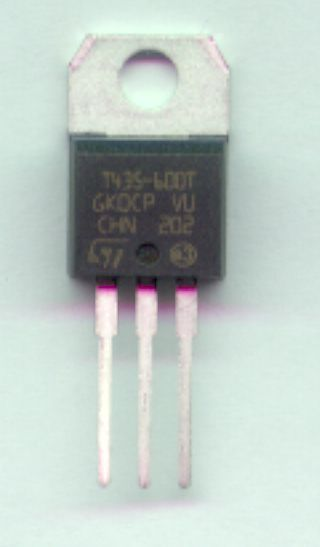 Triac T435-600T Is 31A Us 600V I 4A T435-600TL