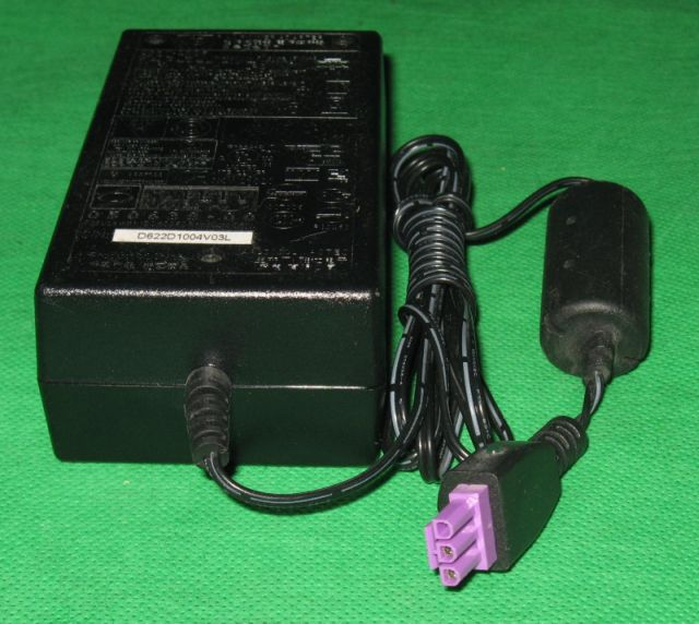 HP AC Power Adapter Netzteil 0957-2105 In:100-240V Ou 0957-2105L