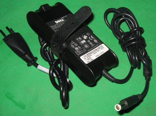 DELL AC Power Adapter Netzteil PA-1650-05D2 In:100-240V PA-1650-05D2L